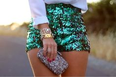 How to Chic: SEQUIN SHORTS