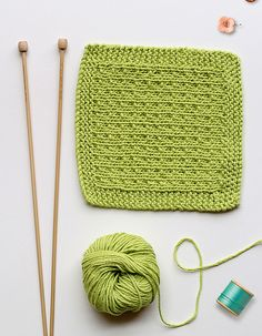 Ravelry: Easy knitted washcloth / facecloth pattern by Mollie Makes