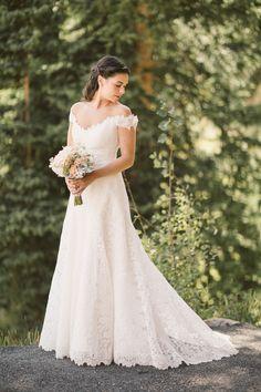 Ramona Keveza Wedding Gown.  See more of the wedding on #smp here: http://www.StyleMePretty.com/northwest-weddings/2014/04/11/montanta-mountain-destination-wedding/ CluneyPhoto.com