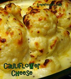 Cauliflower Cheese! Also good if you need to make ahead. Simply put it in the oven when you're ready! Please enjoy #cauliflower #cheese #baked