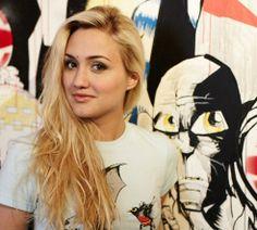 Naomi Kyle hot | naomikyle_o