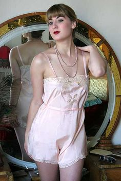 On Dollhouse Bettie: 20s Vintage Belle Amie Silk Crepe Cami Knickers