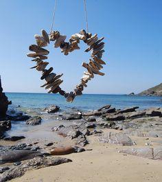 ~Driftwood Heart~<3 very nice for our Ibiza garden....