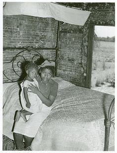 Bayou Bourbeaux Plantation operated by Bayou Bourbeaux Farmstead Association, a cooperative established through the cooperation of FSA; Natchitoches Parish; Louisiana, August 1940.. Wolcott, Marion Post -- Photographer. Date depicted: August 1940
