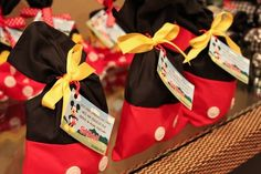 Mickey Mouse Favor Bags would be cute for my friends before we go to disney on our class trip