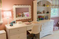 pink girl room desk