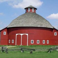 The Round Barn Theater, Amish Acres, Nappanee, Indiana