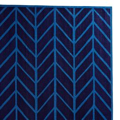 navy/cobalt feather rug from serena  lily