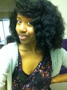 Yasmin // 4B Natural Hair Style Icon