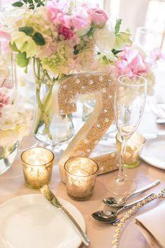 numeros para mesas en dorado con perlas - 25 ideas de numeros para mesas de bodas!