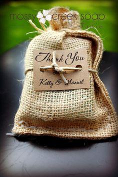 Rustic burlap wedding favour! Great idea!