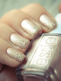 My most FAVORITE nail style, neutral nails, sparkley tips. Use iridescent glitter for a more classy look (wedding fav) or go brighter/bolder for those bar-hopping kinda nights ;)