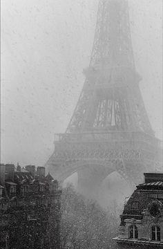 Snowing in Paris by Vincent Versace.