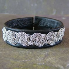 Sami Style Leather Bracelet with Pewter Celtic Knot