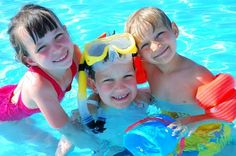 Best Swimming Pool Games for the whole family!!! awesome ideas #poolsoftupelo