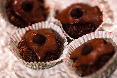 No Bake Mini Cupcakes with Chocolate Peanut Butter Icing – PB2