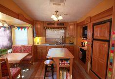RV kitchen... wow