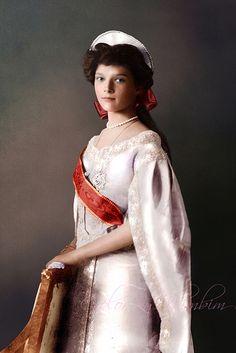 Grand Duchess Tatiana in court dress, 1910