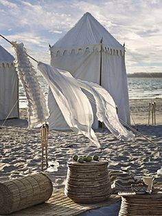 "Beach ""glamping"" & clothes on the line"
