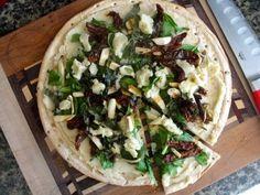 LOW-SODIUM CAULIFLOWER WHITE SAUCE PIZZA
