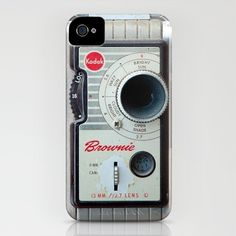 awesome iPhone covers   @Hannah Mestel Mestel Macpherson this has u written all over it...or maybe one of the other awesome old school cameras they have!!!