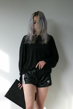 grey hair, hair colors, black outfits, style, vintage