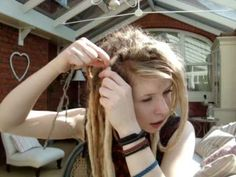 LOVE this girl's dreads <3 Her vids are my favorite! Sad she doesn't have them anymore :(