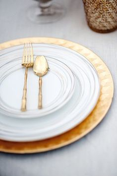 Gold twig flatware | Photo by Sarah Beth Photography