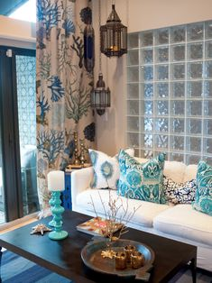 decor, pillow, living rooms, blue, colors, beach houses, living room designs, curtain fabric, live room