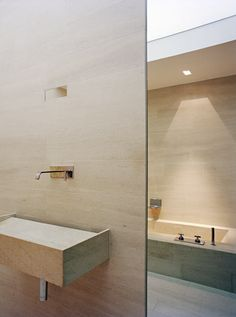 #Contemporary #Bathroom