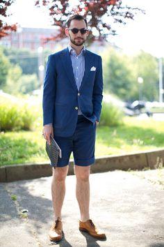Doing summer shorts the classy way!