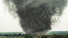 Tornado in Salina, Kan. 2012 (beautiful!)