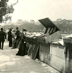 France. Les bouquinistes, Rive Gauche (Seine Left Bank), Paris,1900s  // (unknown)