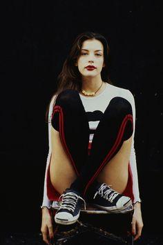 90's Liv Tyler