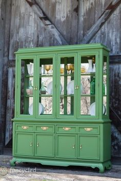 green hollywood regency style hutch makeover, painted furniture