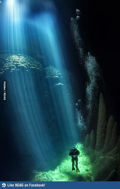Anhumas Abyss, where the sun rays touch the ocean bottom.