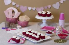Red Velvet bundtinis = the perfect treat for your Valentine's Day celebrations. | Nothing Bundt Cakes
