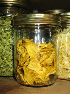Dehydrating Pineapple » Food Storage and Survival