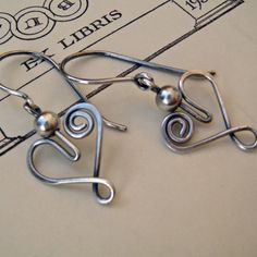 Wire Heart Earrings using one piece of wire.