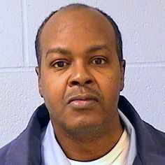 LIP - Andre Crawford killed 11 women between 1993 to 1997. Many of the women were prostitutes or drug addicts. He would smoke crack after killing them and also had sex with their corpses. Sentenced to life in prison without parole on December 17, 2009.