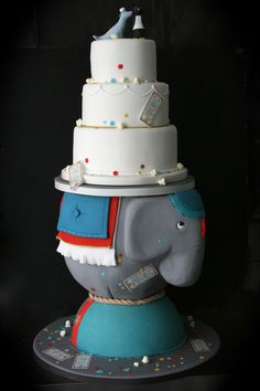 Circus themed wedding cake for Melissa & Charles, cake by the Sugarplum Cake Shop, Paris France