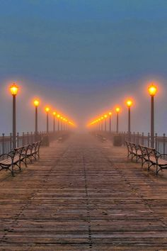 Pier 7 Lantern Dock, San-Francisco California