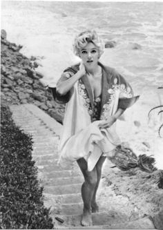 Marilyn Monroe I love this one, so natural of Marilyn coming up from the beach.
