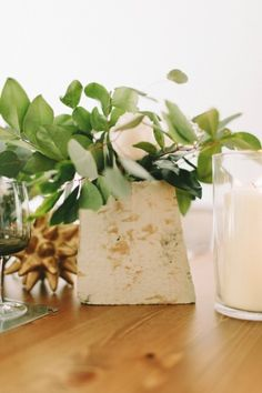 Concrete vases- usin