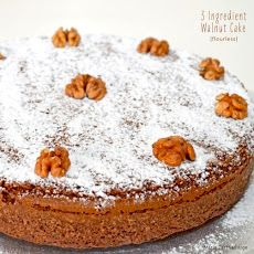 3 Ingredient Walnut Flourless Cake Recipe - I'd love to try this with pecans!