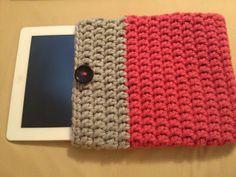 The Hippy Hooker: Chunky iPad Sleeve - Free Pattern