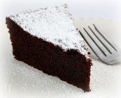 Low carb chocolate cake