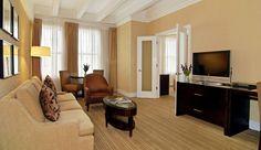 Raffaello Hotel - Chicago, Illinois - Deluxe Suite