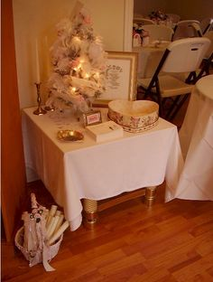 Wedding Gifts For Couples Argos : money tree at wedding table set up