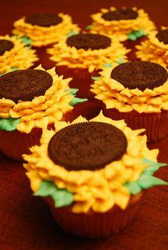 Sunflower Cupcakes Sunflower Cupcakes Sunflower Cupcakes